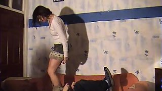 Nicola Felisha & Lauren - Trampling and jumping extreme