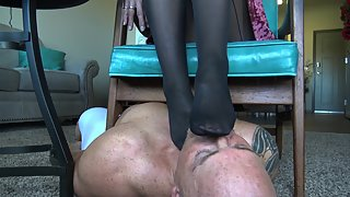 Goddess Zephy - Cucky Is My Nylon Foot Stool While I Primp For My Date