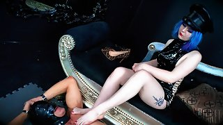 Domina Planet Foot Swallowing 101 - Empress Elle