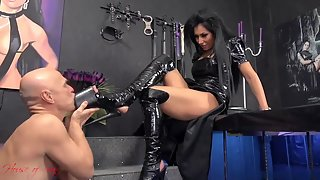 House of Sinn - Mistress Kennya - Begging for your dream
