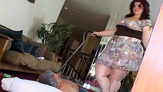 TaylorMadeClips - Amazon Heavy Destruction of Idiotic Smoking Loser