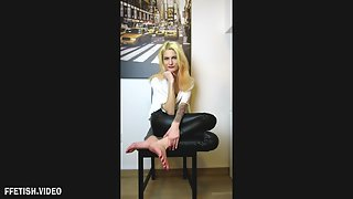 [Turkish Mistress Aylin] Foot Worship FootJob cei pov