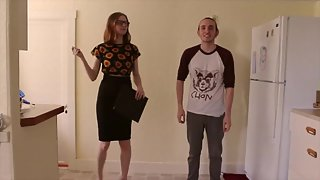 Ballbusting 101 a Tutorial by miss Chaiyles
