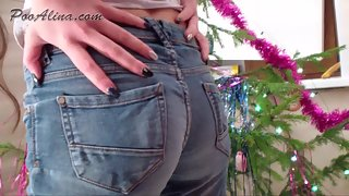Femdom Scat - Alina crapped in jeans