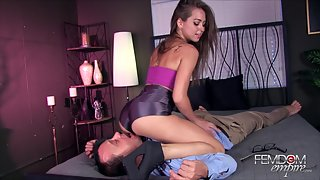 Princess Pussy Smother