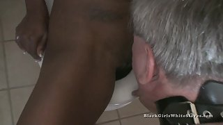 [Black Girls White Slaves] Slave I Need Cleaning